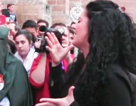 Rocío Segura a la Esperanza en la salida de la Catedral | 2014