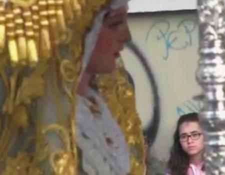 María Canet a la Virgen Los Ángeles | 2013