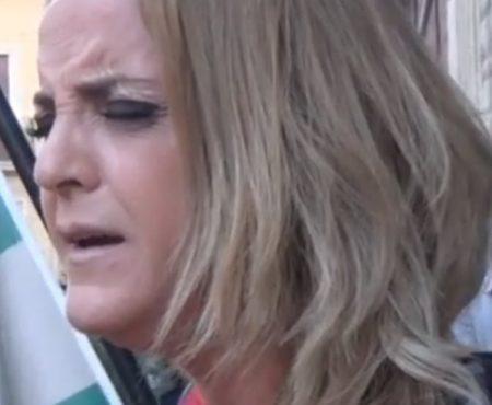 Rocío Zamora saeta por seguirilla a María Stma. de Fe y Caridad | 2019