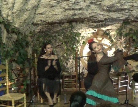 Alegrías el baile de Virginia García, al cante Ana Mar, al toque Antonio de Quero y a las palmas Niño de Las Cuevas